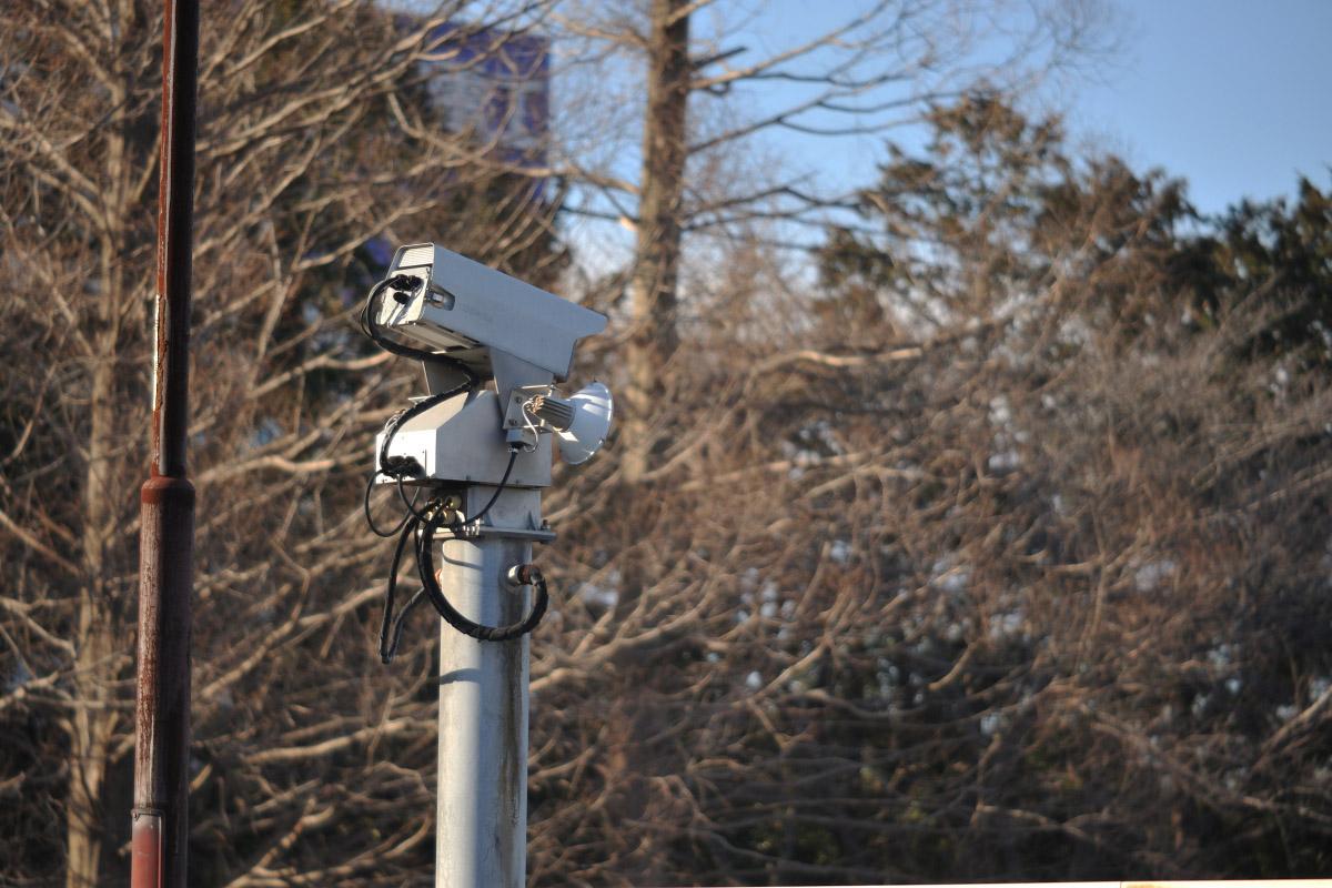 監視カメラf8