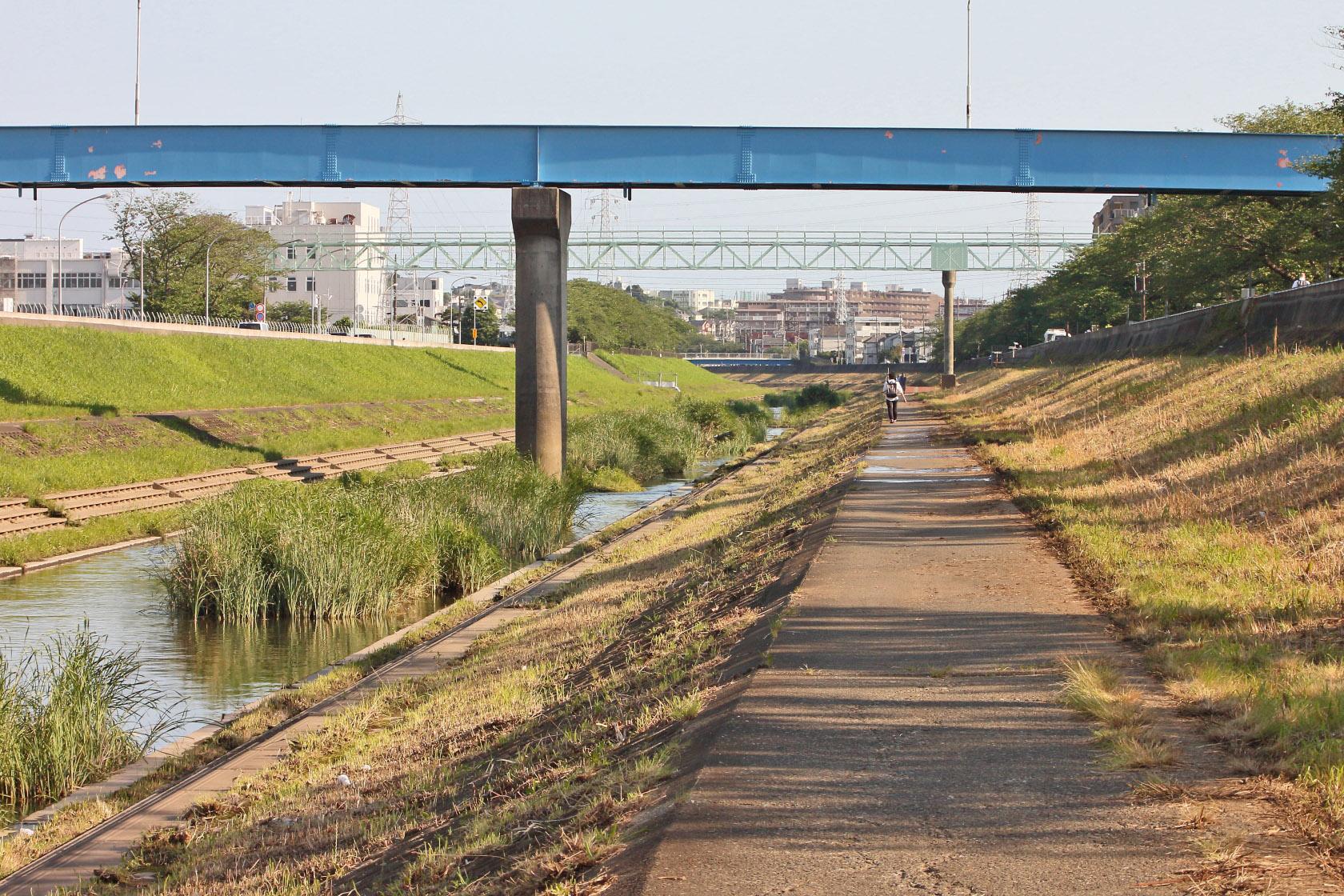 川の景色85mm